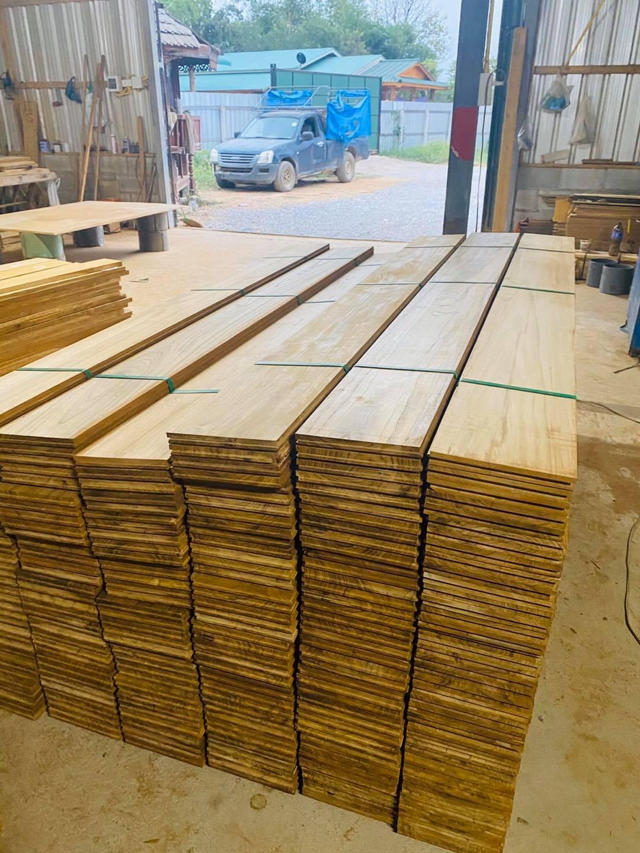 พื้นรางลิ้นไม้สัก ปาร์เก้ไม้สัก บันไดไม้สักราคาส่ง